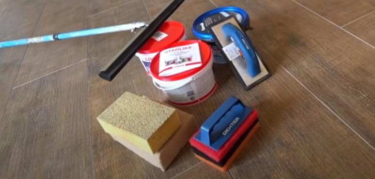 Инструменты и аксессуары для затирки швов
