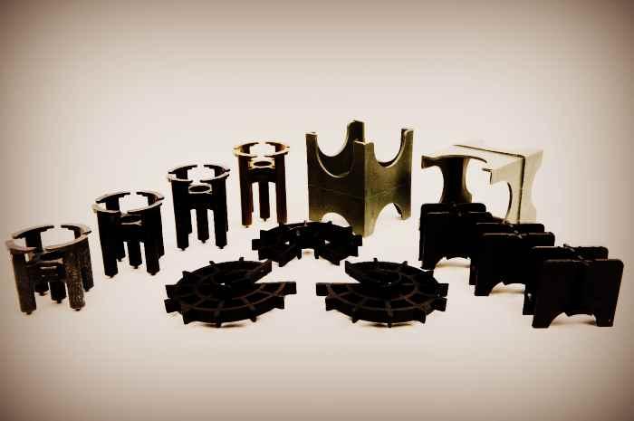 Фиксаторы для пластиковой арматуры - звёздочка и универсальная стойка