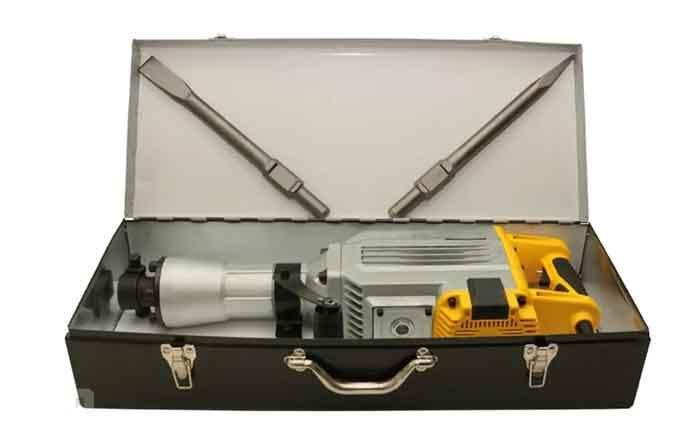 Отбойный молоток КАЛИБР Мастер ОМ-1700/30М в железном чемодане